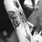 significado de los tatuajes de flechas con mariposas