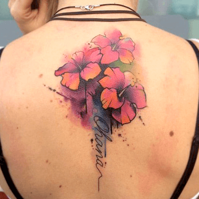 significado de los tatuajes de flores hawaianas