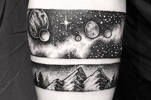 significados de los tatuajes con motivos del espacio