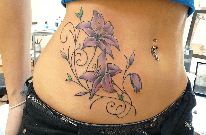 significado de los tatuajes de lirios o azucenas
